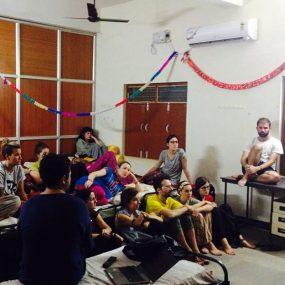 """Taller """"Reflexiones y referencias sobre discapacidad"""" DKV Integralia India"""