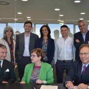 firmado acuerdo dkv integralia y fundacion picarral