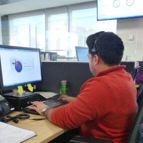 Contratar los servicios de un call center