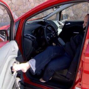 David Rivas, empleado de DKV Integralia, sobre ruedas