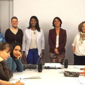 La Escuela DKV Integralia inaugura el primer curso de atención telefónica con inglés
